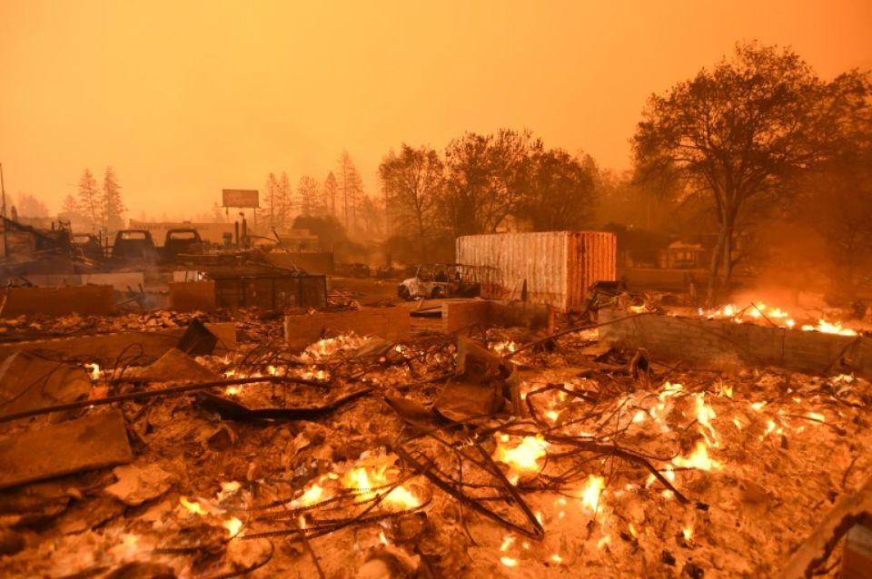1171314 un quartier detruit par l incendie qui devaste la ville de paradise en californie le 10 novembre 201